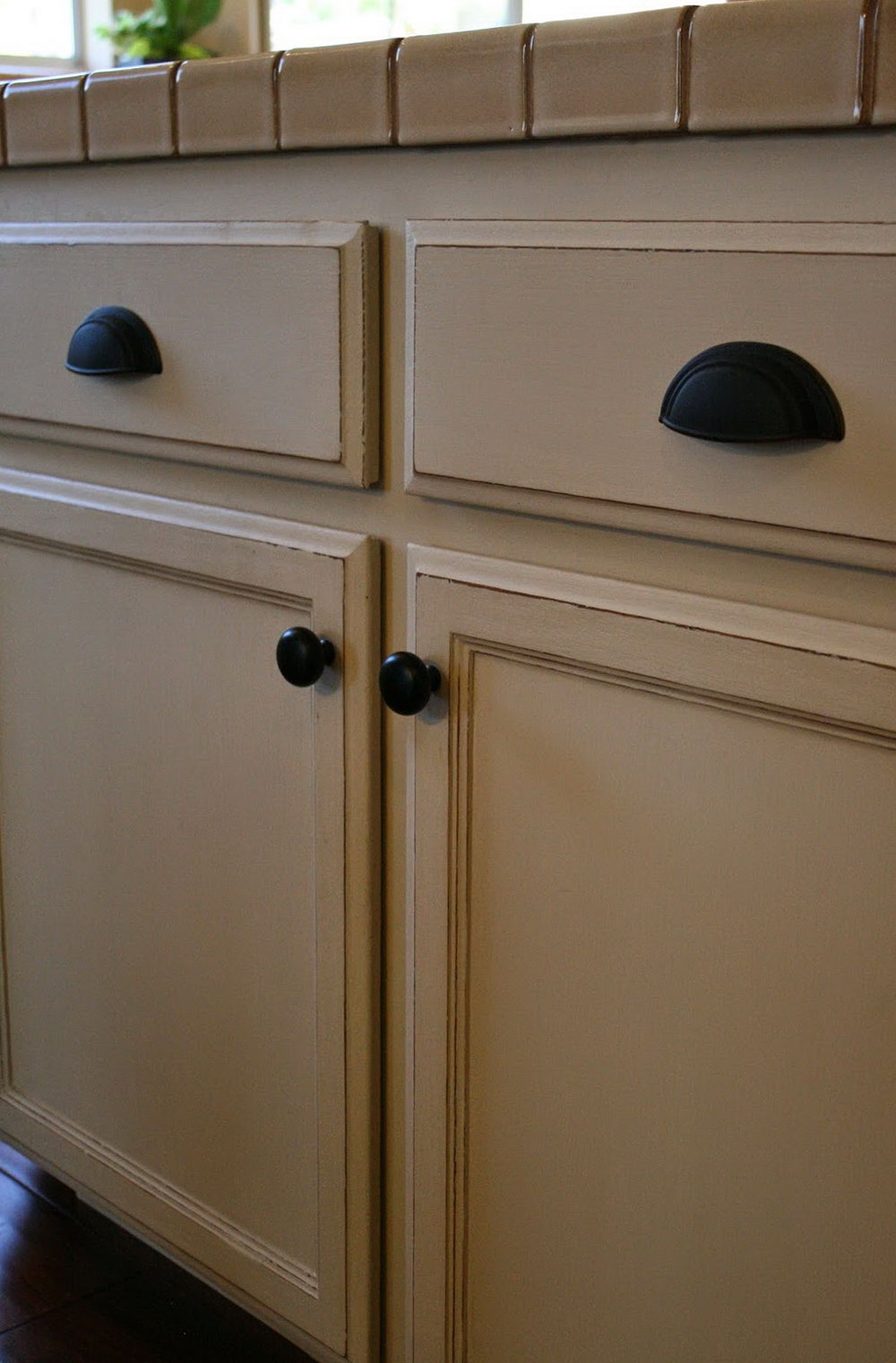 Painting Oak Kitchen Cabinets With Chalk Paint