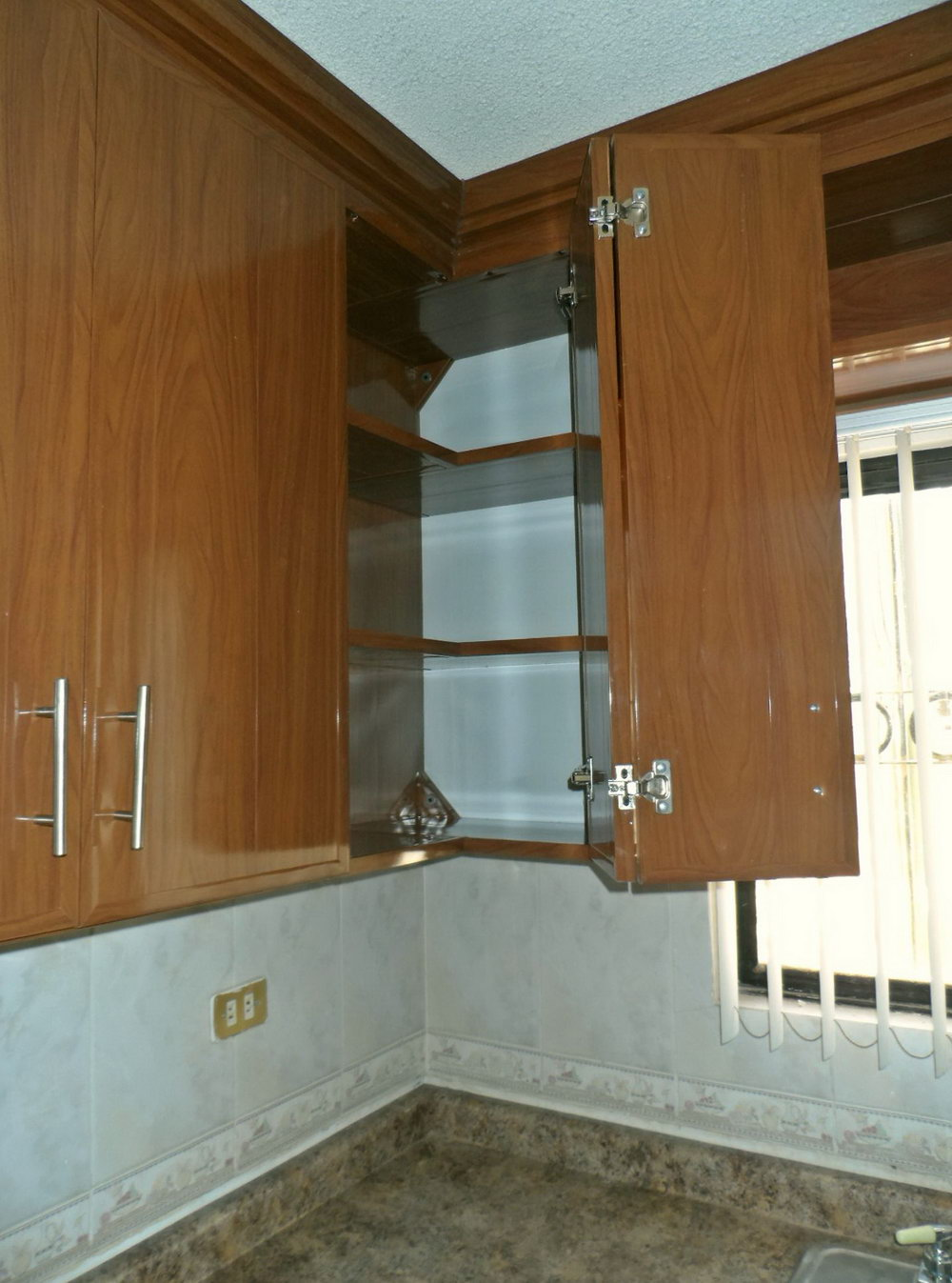 Plastic Shelf Supports Kitchen Cabinets