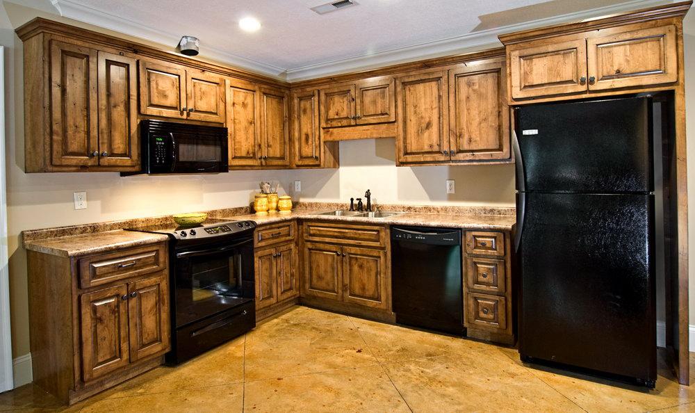 Rustic Knotty Alder Kitchen Cabinets