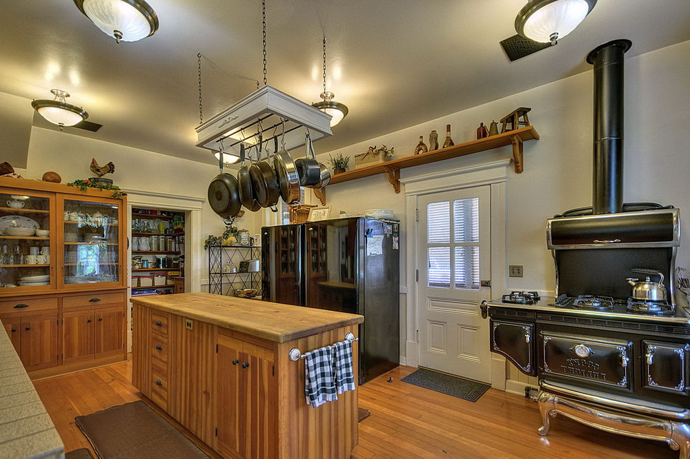 Victorian Style Kitchen Cabinets