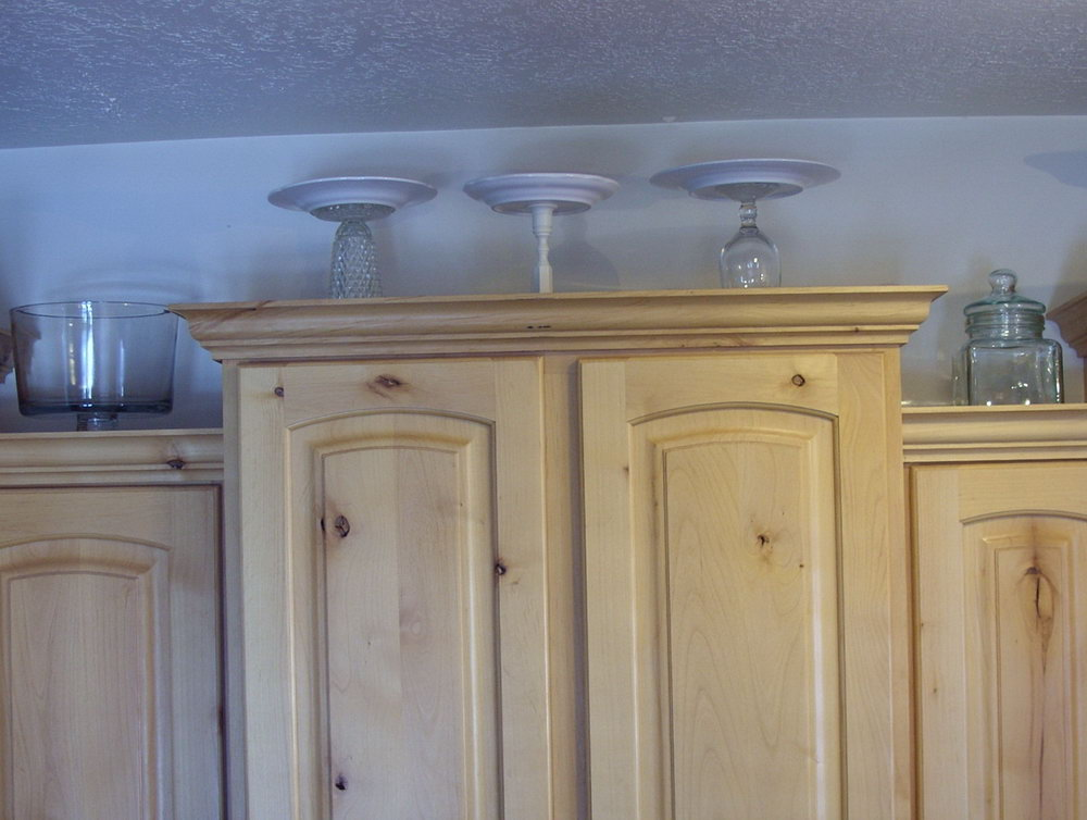 What To Put On Top Of Kitchen Cabinets Pinterest