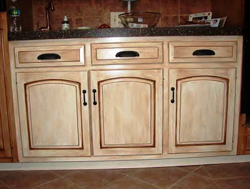 White Distressed Kitchen Cabinets Pictures