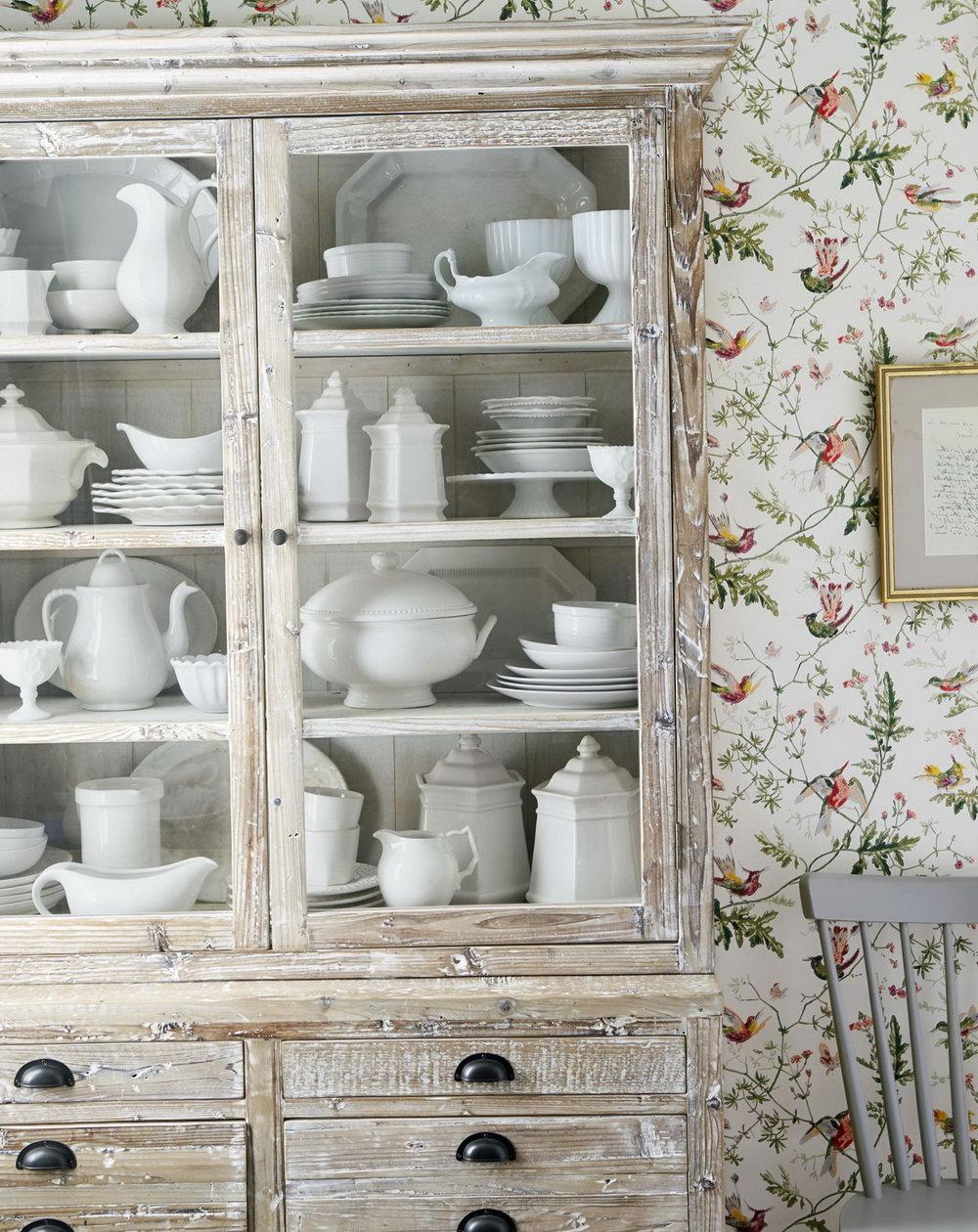 Glass Display Kitchen Cabinets