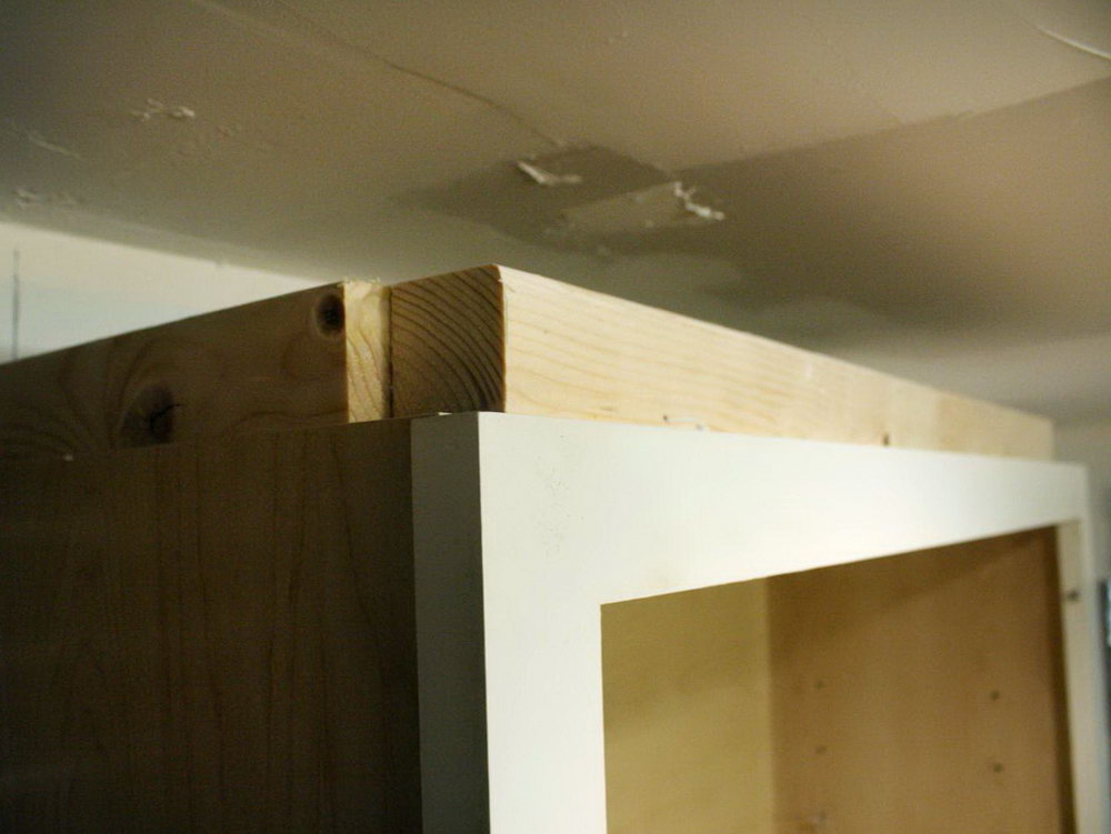 Installing Crown Molding On Kitchen Cabinets To Ceiling