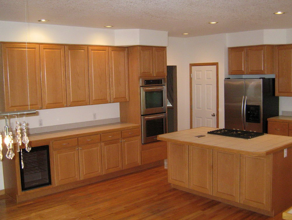Kitchen Cabinets With Hardwood Floors