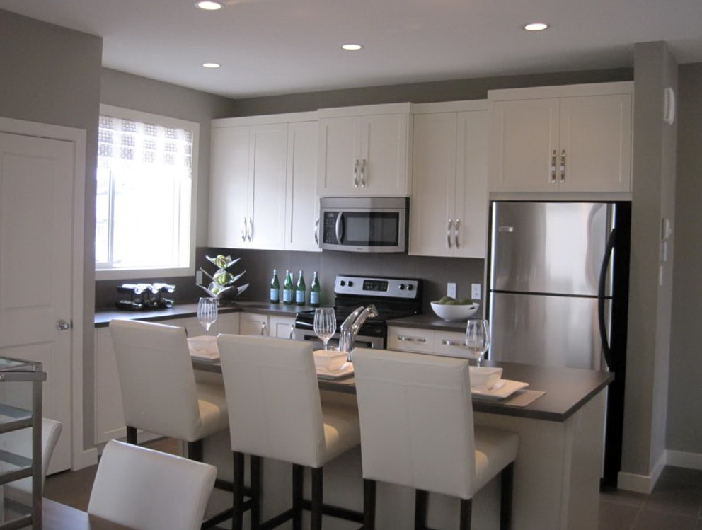 Kitchen Design Off White Cabinets