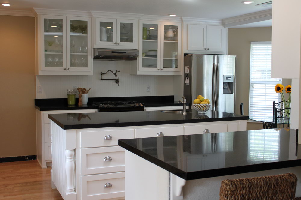 Kitchen Designs White Cabinets Black Countertops