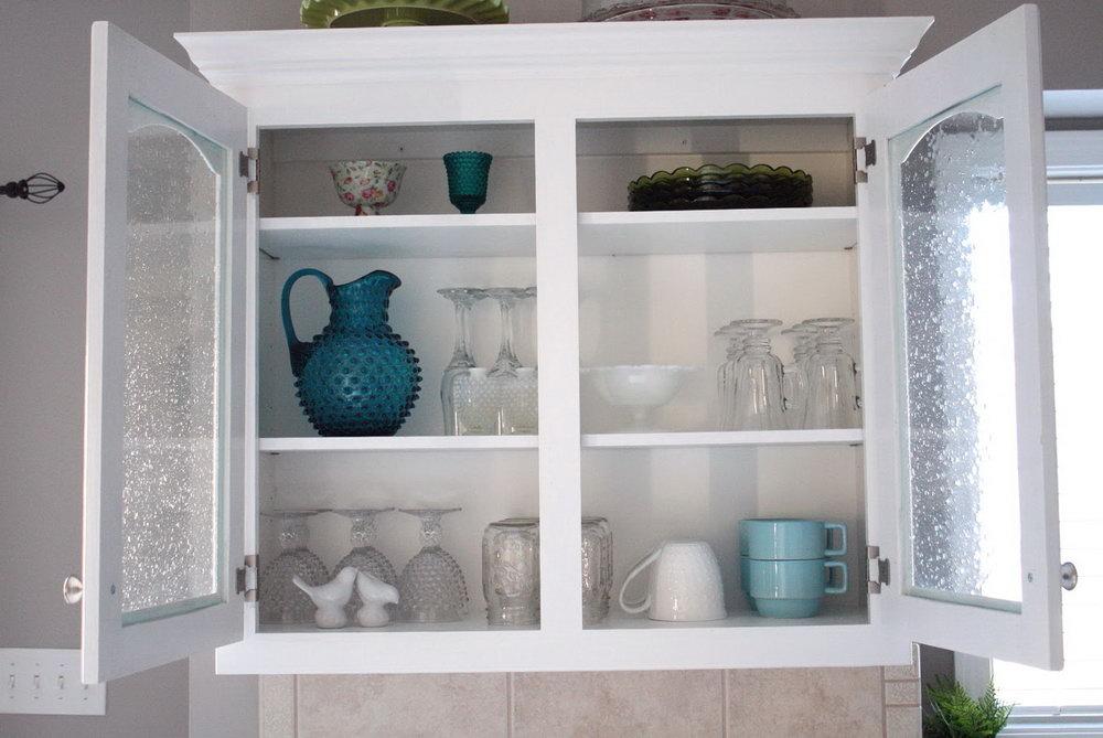 Kitchen Glass Cabinets Design