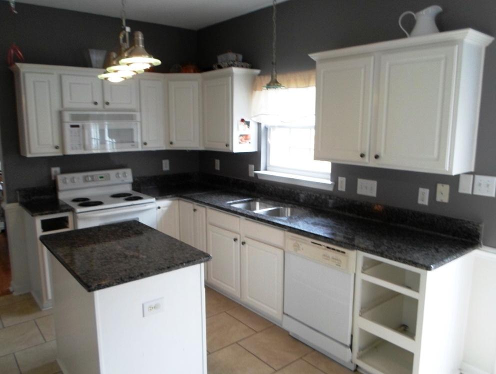 Kitchens White Cabinets Black Countertops