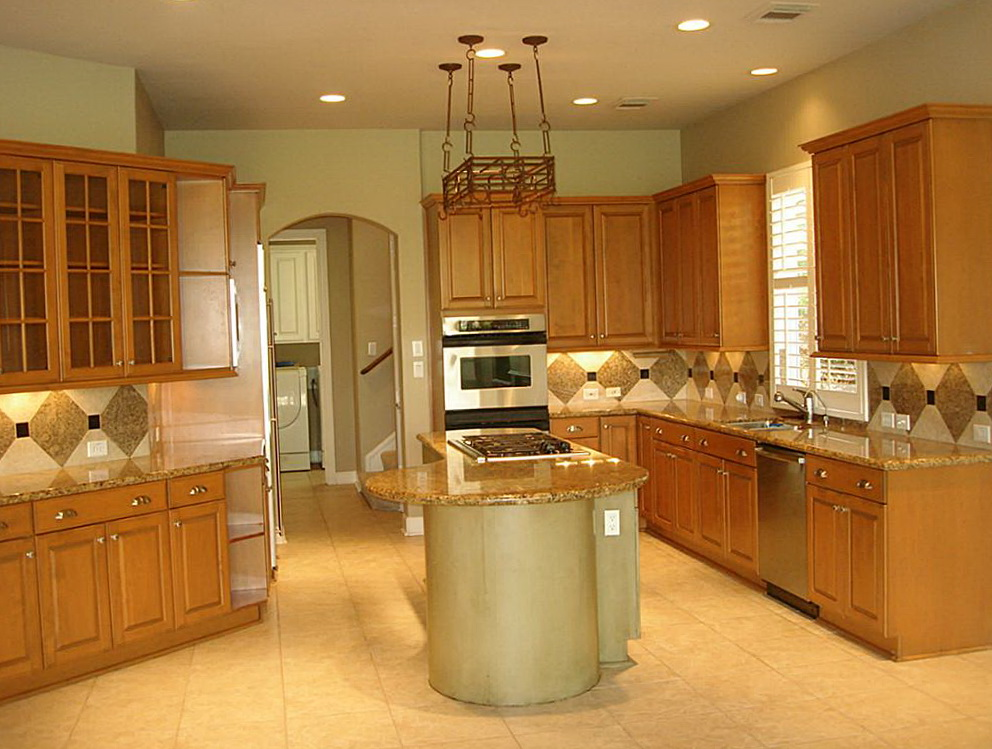 Light Wooden Kitchen Cabinets