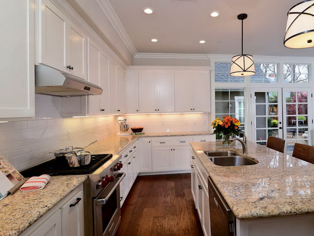 Modern Kitchens White Cabinets