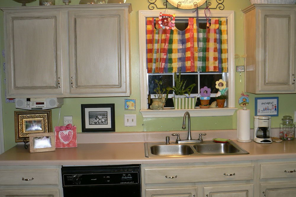 Pics Of White Kitchen Cabinets
