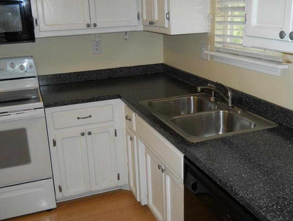Slab Door Kitchen Cabinets
