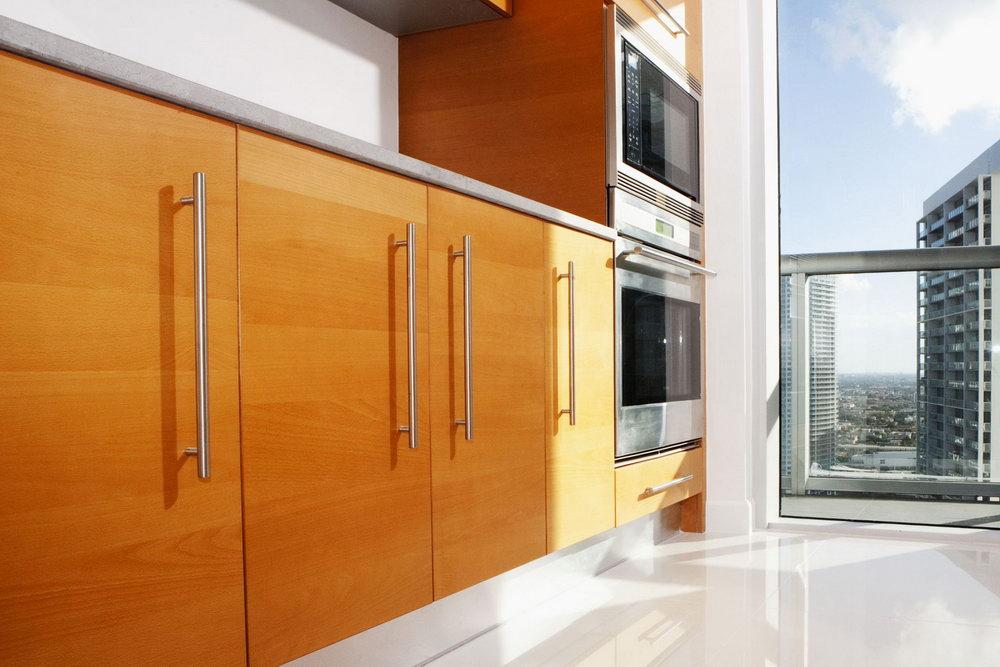 Slab Style Kitchen Cabinets