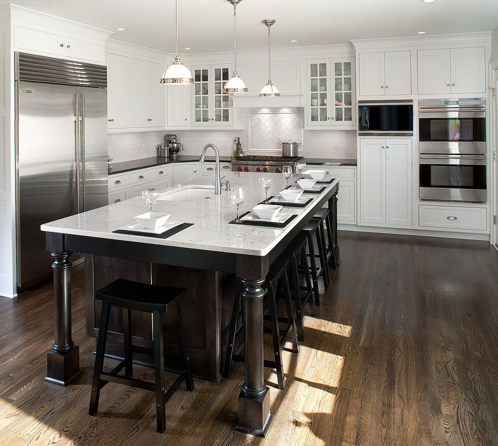Transitional Kitchen White Shaker Cabinets