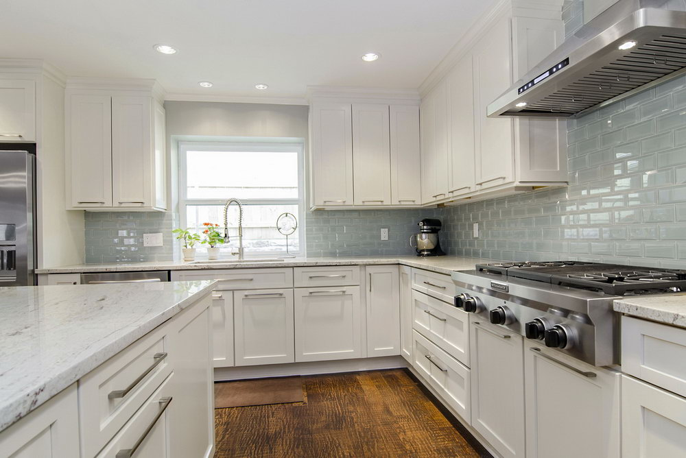 White Kitchen Cabinets And Backsplash Ideas