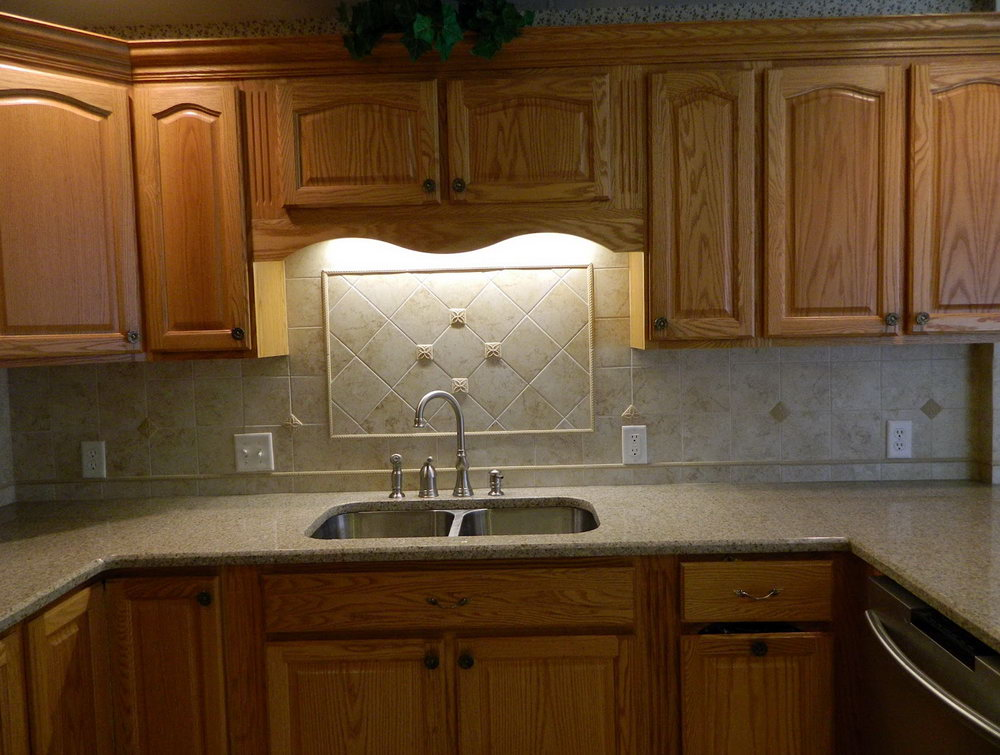White Laminate Kitchen Cabinets With Oak Trim