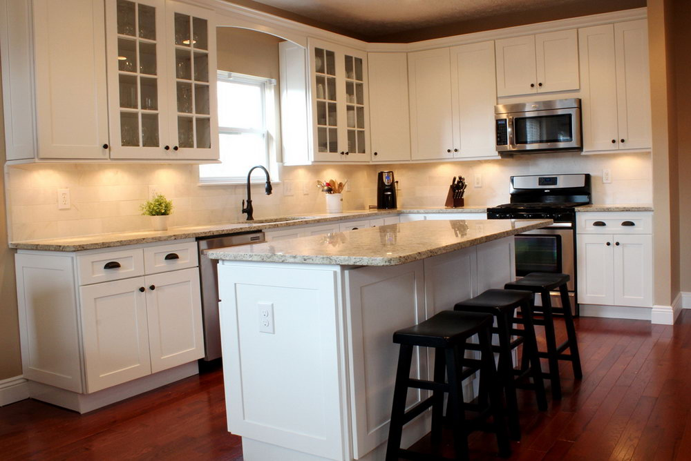 White Shaker Cabinets Kitchen Design