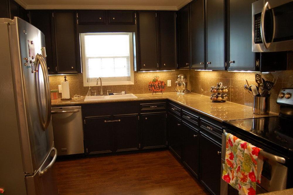 Black Chalk Paint Kitchen Cabinets