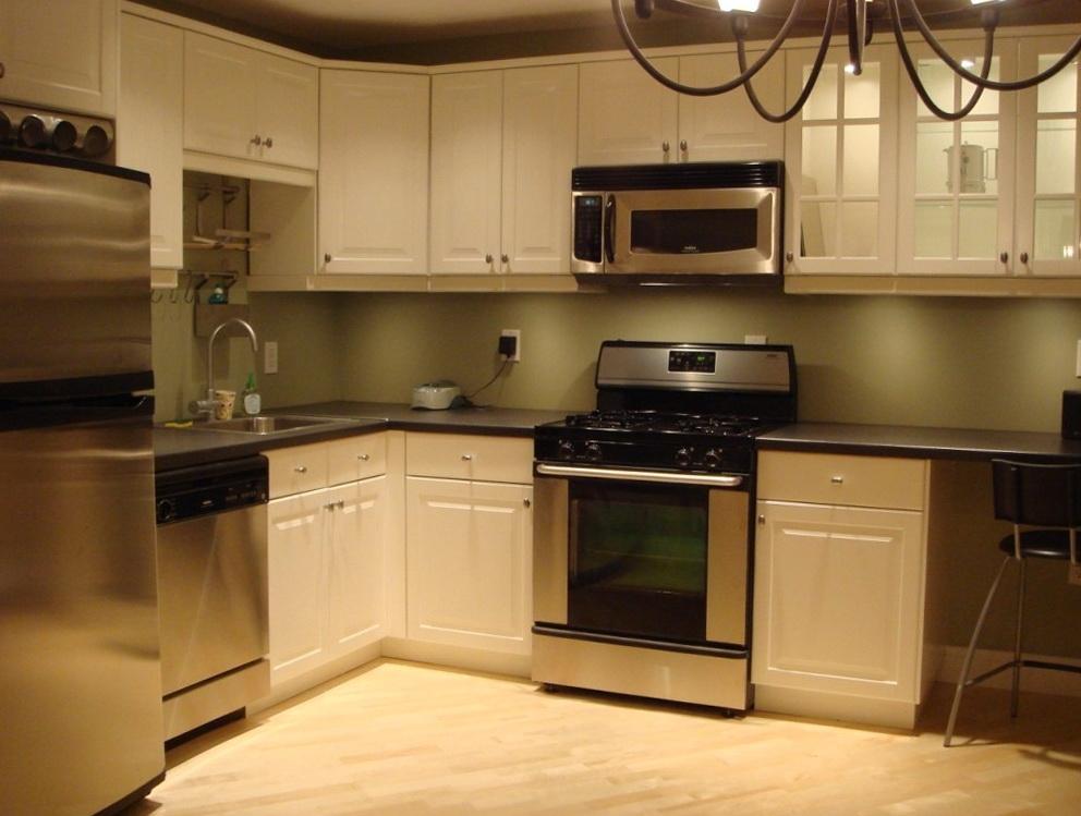 Custom Kitchen Cabinets Cost Per Foot