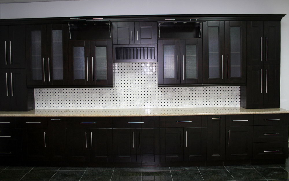 Dark Shaker Style Kitchen Cabinets