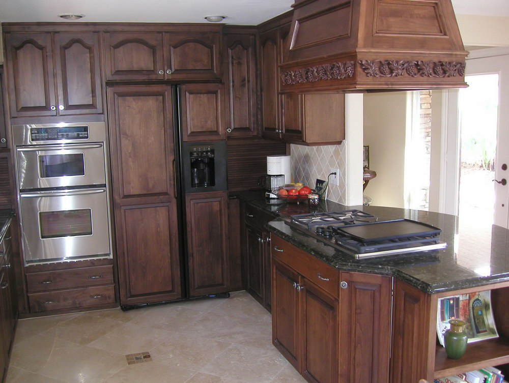 Dark Stained Oak Kitchen Cabinets
