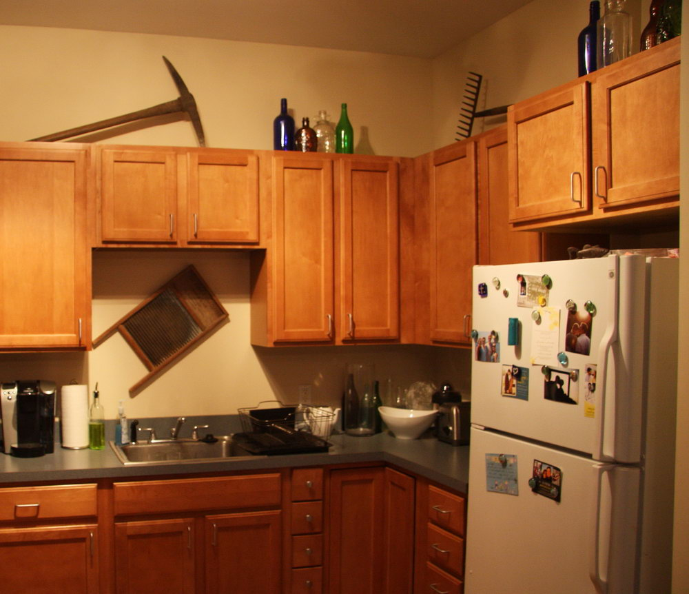 Decor Ideas For Top Of Kitchen Cabinets