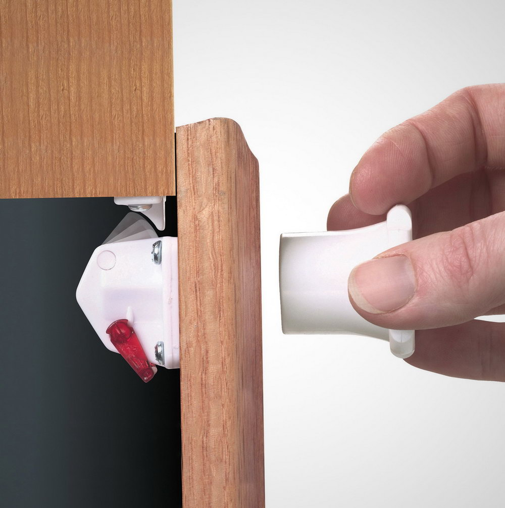 How To Lock Kitchen Cabinets From Babies
