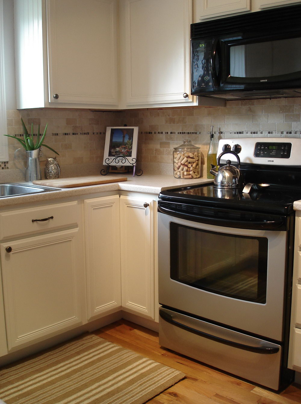 How To Paint Wood Kitchen Cabinets White