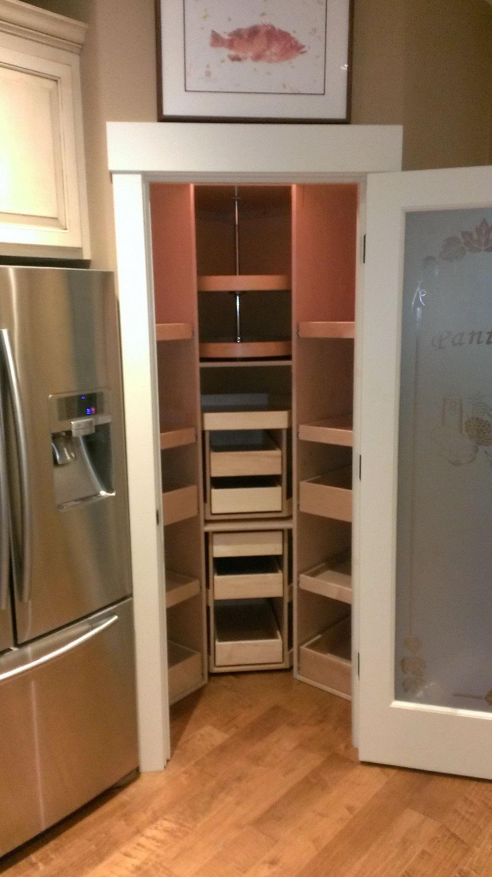 Kitchen Cabinet Corner Organizer
