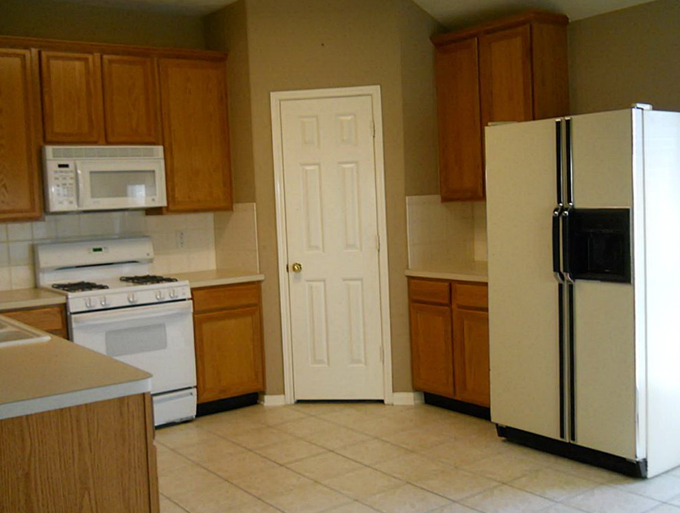 Kitchen Cabinet Corner Pantry