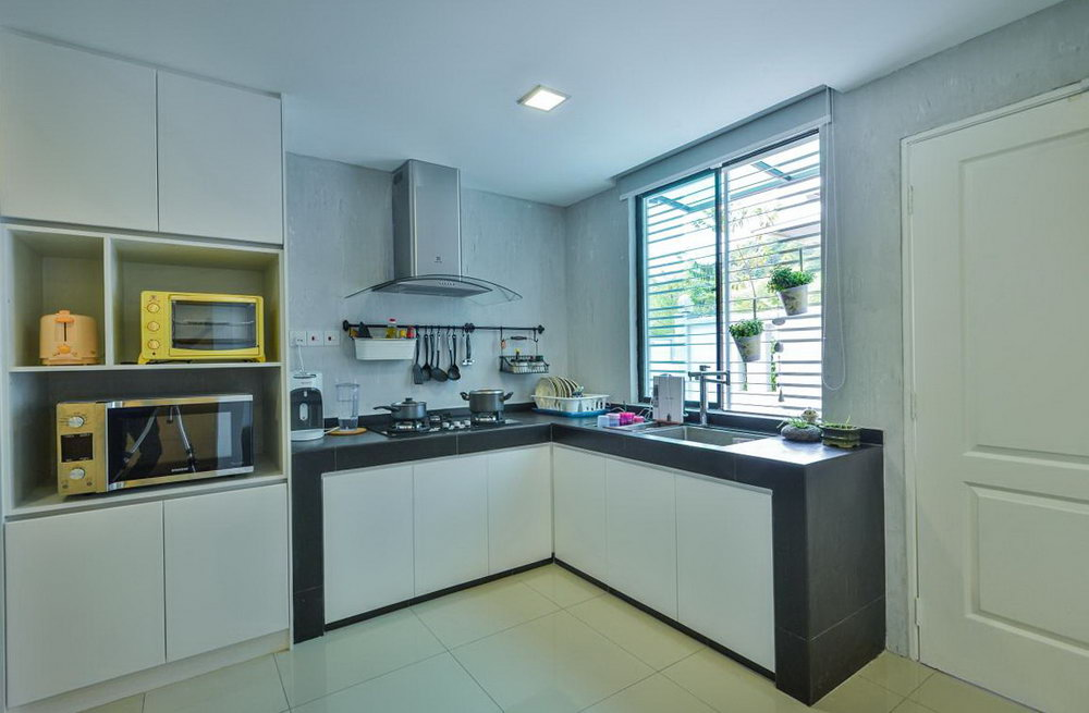 Kitchen Cabinet For Small Apartment Malaysia