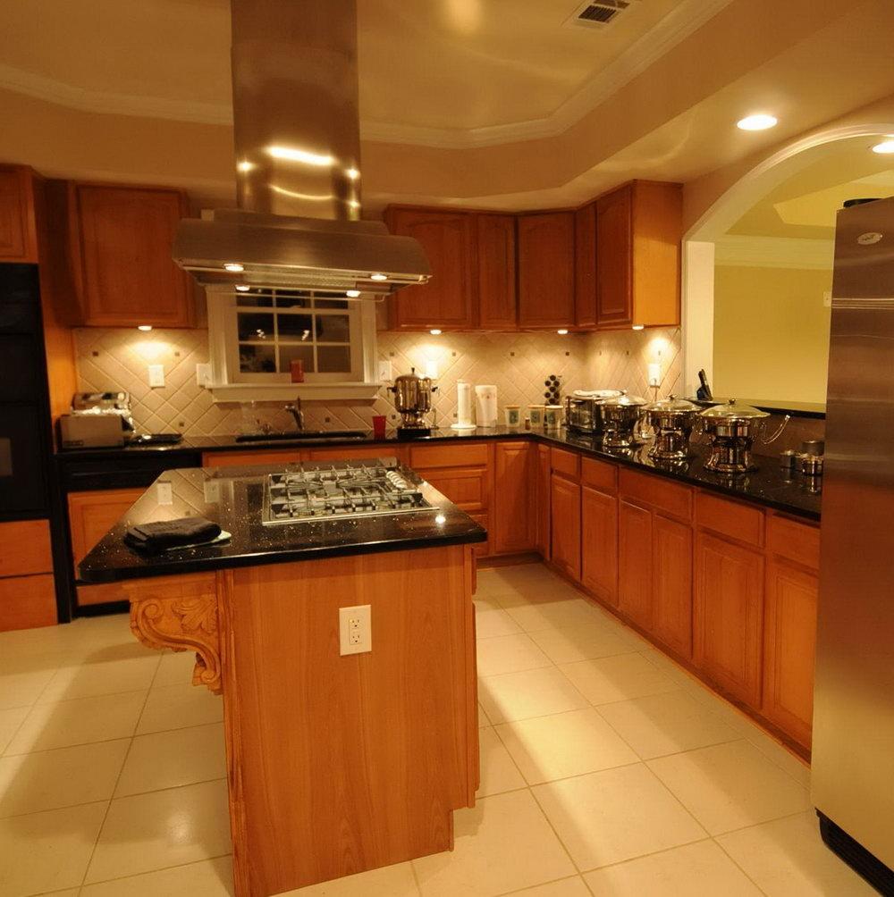 Kitchen Cabinets Base Molding