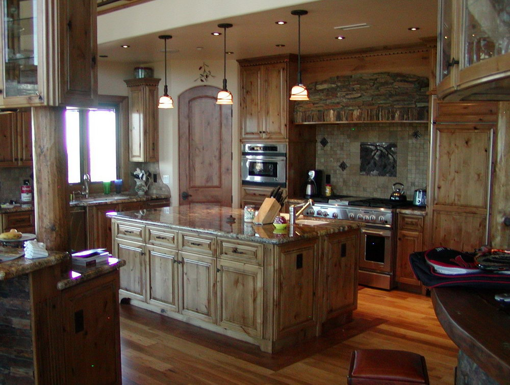 Kitchens With Knotty Alder Wood Cabinets