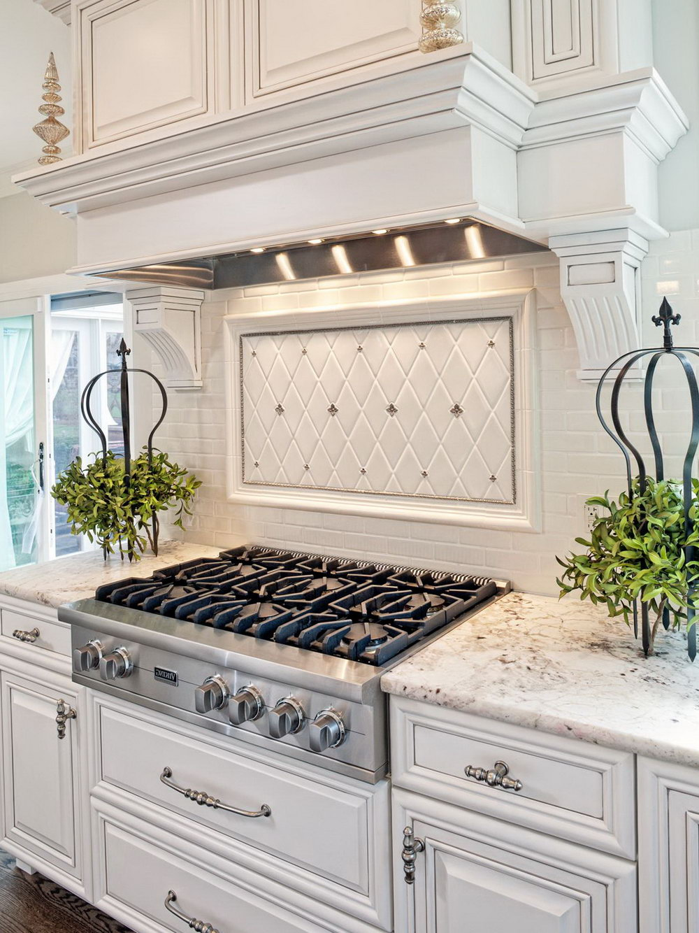 Modern Classic Kitchen Cabinets