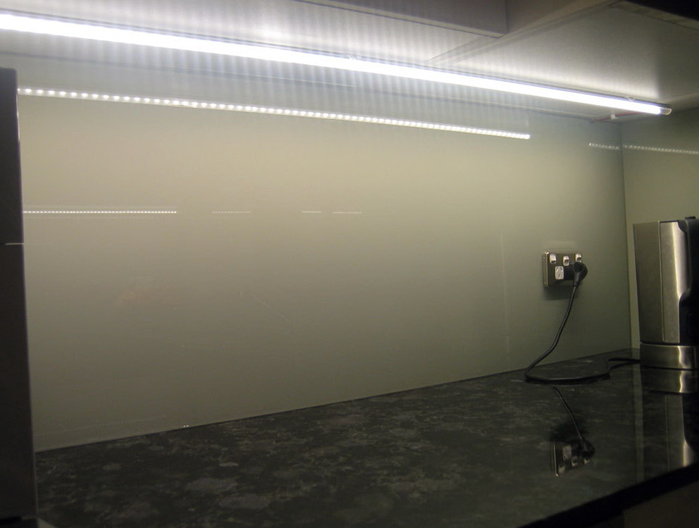 Under Kitchen Cabinet Led Lighting