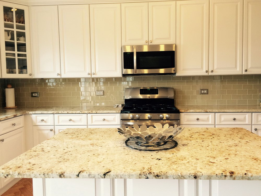 Best Backsplash For White Kitchen Cabinets