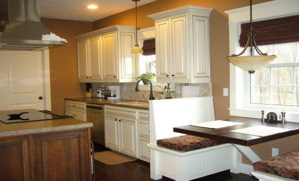 Best Paint Color For Kitchen With White Cabinets