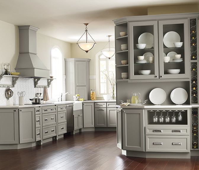Color Of Kitchen Cabinets On Modern Family