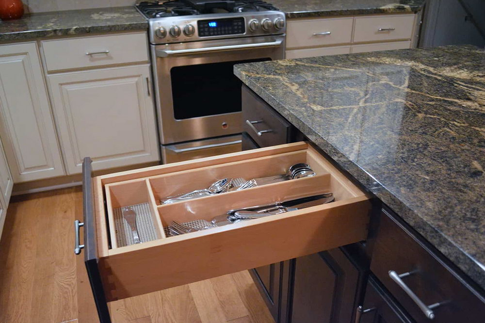 Dovetail Gray Kitchen Cabinets
