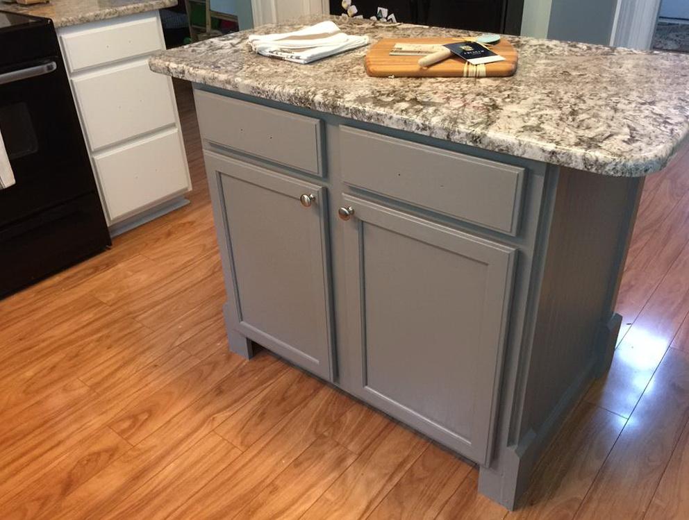 Dovetail Kitchen Cabinets