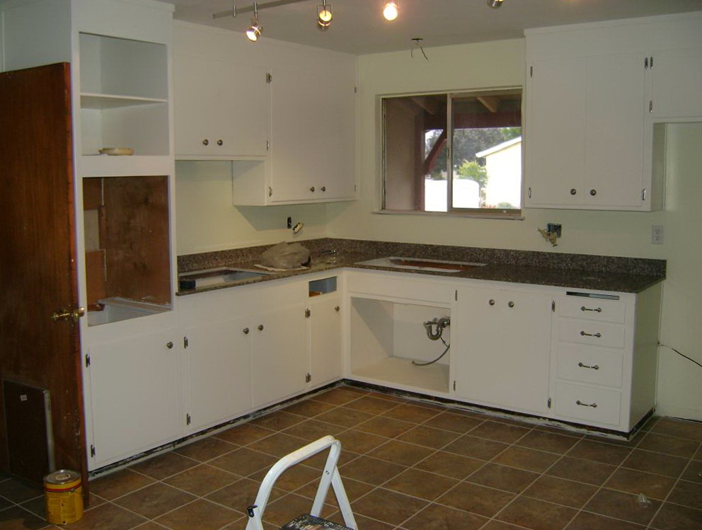 How To Paint Kitchen Cabinet Doors White