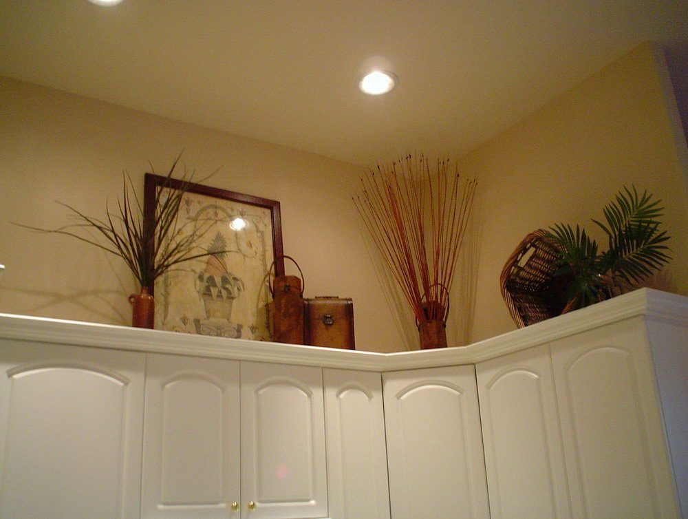 Kitchen Above Cabinet Decorations