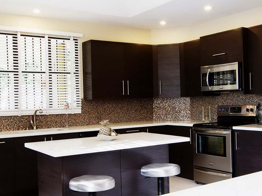 Kitchen Backsplash Tiles Dark Cabinets