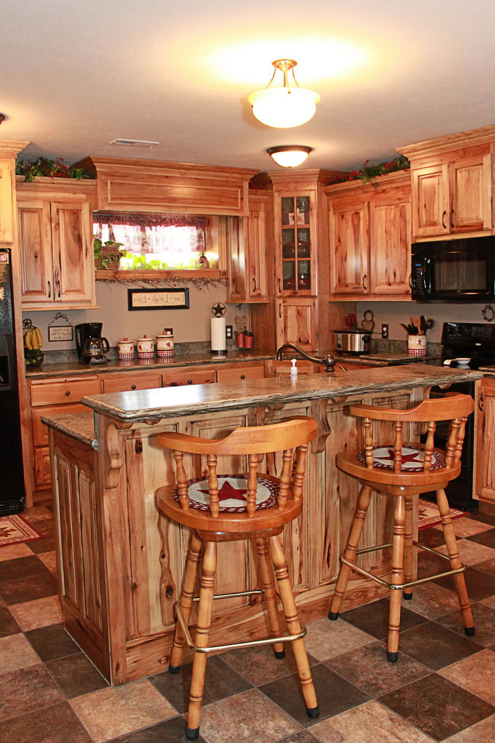 Kitchen Cabinets Solid Wood Vs. Veneer