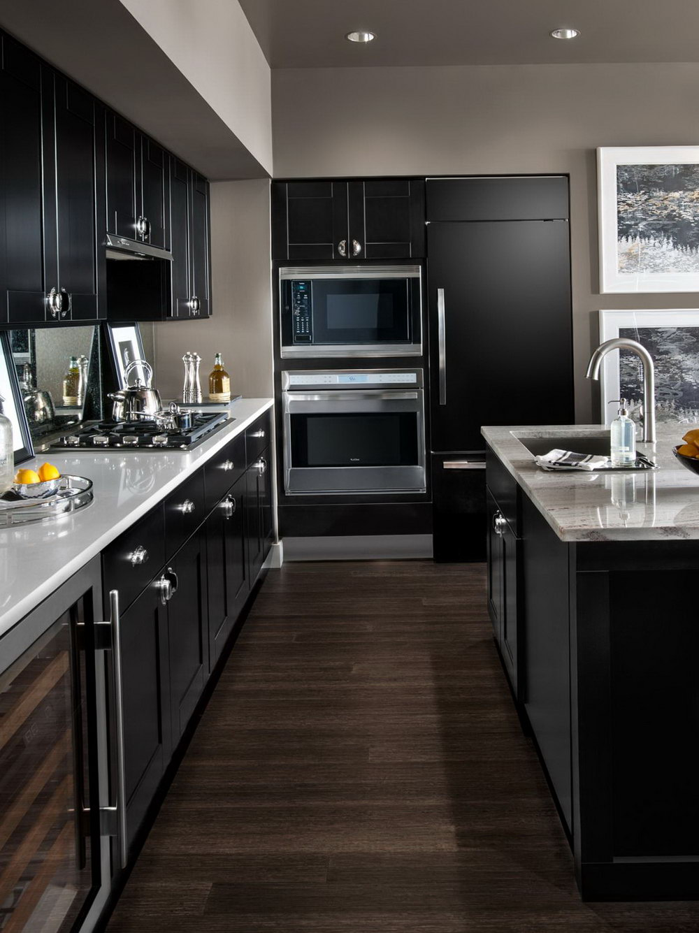 Modern Kitchen Designs With Dark Cabinets