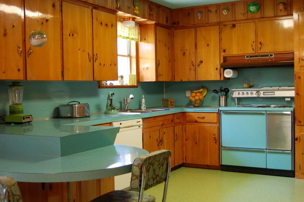 Modern Pine Kitchen Cabinets