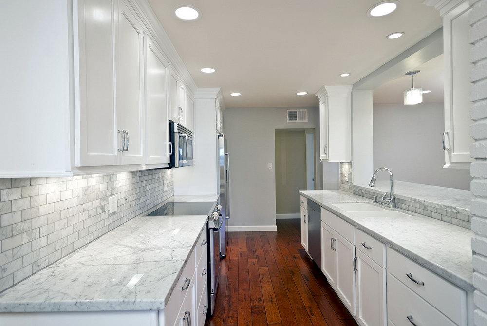 White Kitchen Cabinets Countertops