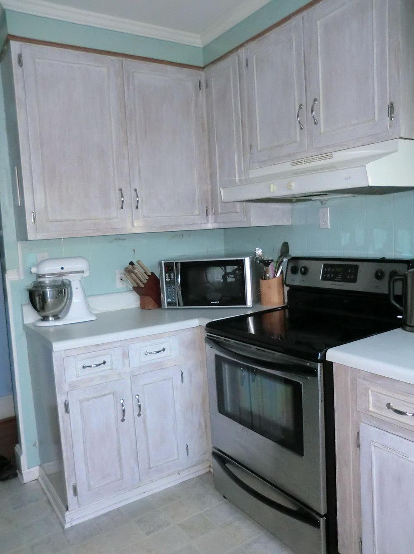 Whitewashing Oak Kitchen Cabinets