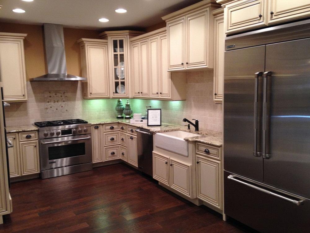 Yorktowne Kitchen Cabinets Review
